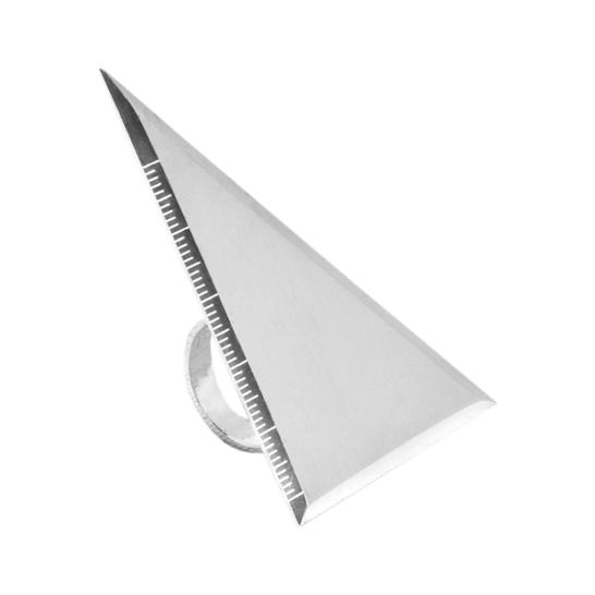 minimasterpiece-delgado-elias-equerre-vg